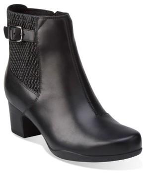 Clarks Women's Rosalyn Lara Waterproof Boot
