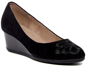 Easy Spirit Larcie Wedge Pump - Wide Width Available