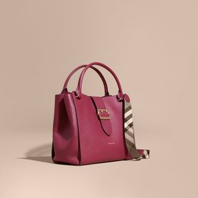 Burberry The Large Buckle Tote in Grainy Leather