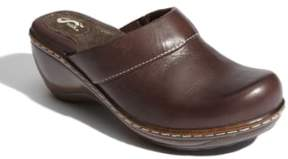 SoftWalk Women's 'Murietta' Clog