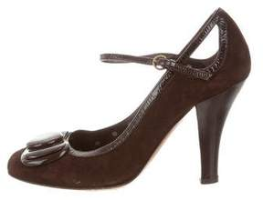 Moschino Cheap & Chic Moschino Cheap and Chic Suede Bow-Accented Pumps
