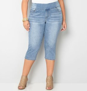 Avenue Pull-On Denim Capri (Light Wash)