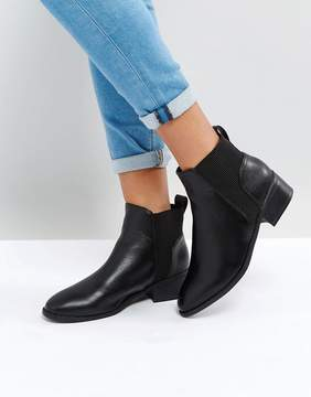 New Look Ribbed Flat Chelsea Boot