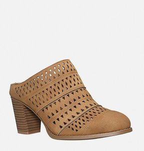 Avenue Baxter Perforated Mule
