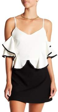 Gracia Ruffle Off-the-Shoulder Pipe Trim Blouse