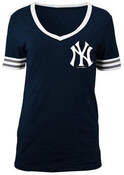 5th & Ocean Women's New York Yankees Retro V-Neck T-Shirt