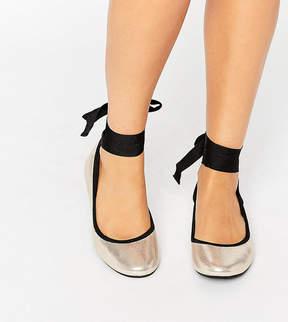 New Look Wide Fit Tie Up Ballet Pump