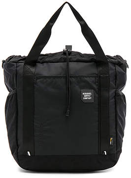 Herschel Supply Co. Barnes Bag in Black.