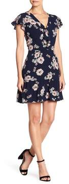 Cupcakes And Cashmere Dalma Floral Mini Dress
