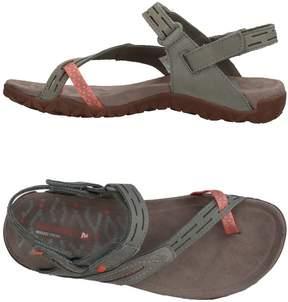 Merrell Toe strap sandals