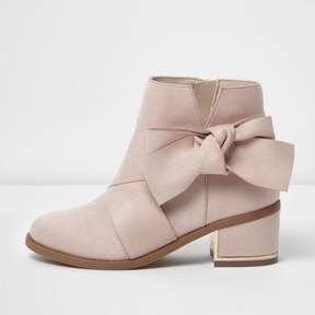River Island Girls pink bow side block heel boots