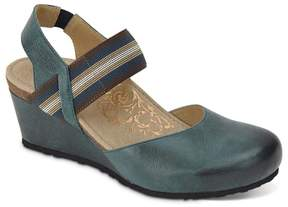 Aetrex Olivia Leather Mary Jane with Stretch Strap and Built-In Lynco Orthotics