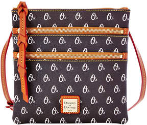 Dooney & Bourke Baltimore Orioles Triple Zip Crossbody Bag - BLACK - STYLE