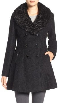 GUESS Women's Boucle Fit & Flare Coat With Faux Fur Collar
