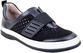 Adrienne Vittadini Women's Forum Slip-on Sneaker.