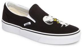 Vans Women's X Peanuts Snoopy Kisses Slip-On Sneaker