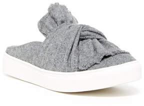Mia Teri Slip-On Sneaker