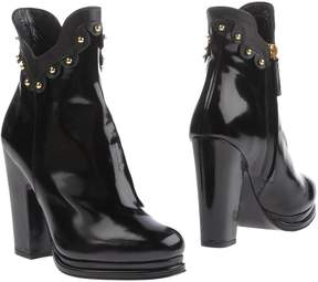 Moschino Cheap & Chic MOSCHINO CHEAP AND CHIC Ankle boots