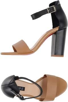 Cuplé Sandals