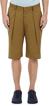 TOMORROWLAND MEN'S TWILL PLEATED-FRONT SHORTS