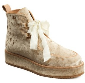 Bill Blass Women's Penny Sutton Chukka Boot