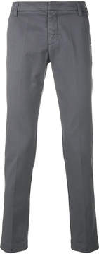 Entre Amis classic fitted chinos