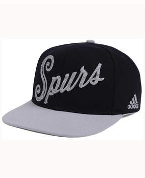 adidas San Antonio Spurs Seasons Greeting Snapback Cap
