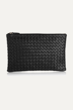 Bottega Veneta - Medium Intrecciato Leather Pouch - Black