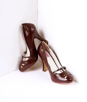Unique Vintage Dark Brown Pleather Cut Out Strap Smitten Mary Jane Heels Shoes
