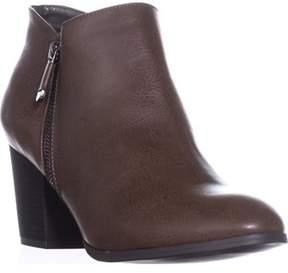 Style&Co. Sc35 Masrinaa Ankle Booties, Chocolate.