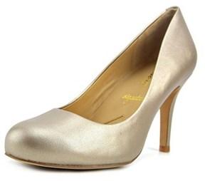 Trotters Gigi Women W Round Toe Leather Bronze Heels.