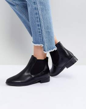London Rebel Flat Classic Chelsea Boot