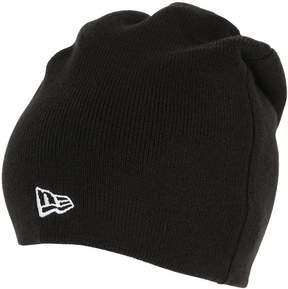 New Era Essential Knit Beanie Hat W/ Logo Detail
