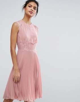 Elise Ryan Pleated Midi Dress With Eyelash Lace Sleeves