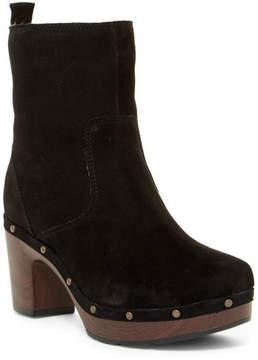 Clarks Ledella Abby Faux Fur Lined Platform Boot