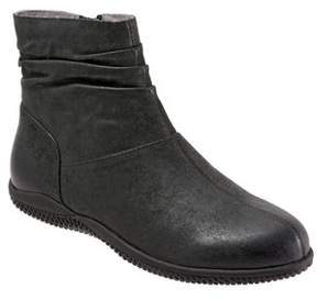SoftWalk Women's 'Hanover' Leather Boot