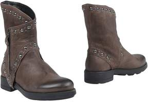 Manufacture D'essai Ankle boots