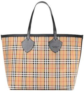 Burberry Reversible check shopper