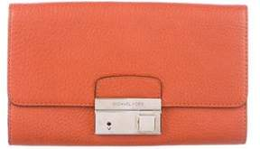 Michael Kors Leather Gia Clutch - ORANGE - STYLE