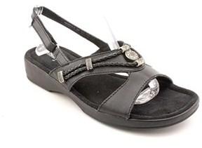 Minnetonka Silvie Women W Open-toe Leather Slingback Sandal.