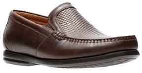 Clarks Men's Un Gala Free Slip-on Loafer.