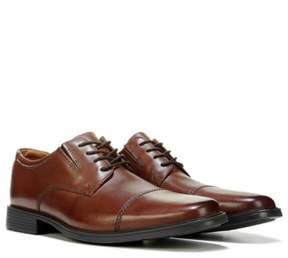 Clarks Men's Tilden Medium/Wide Cap Toe Oxford
