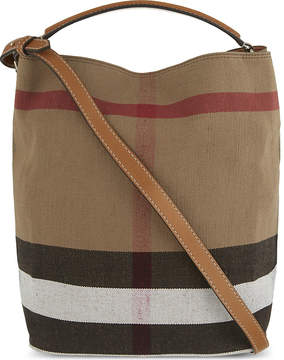 Burberry Ashby medium canvas bucket bag - SADDLE BROWN - STYLE