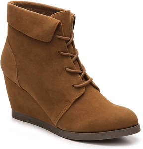 Madden-Girl Women's Dearest Wedge Bootie