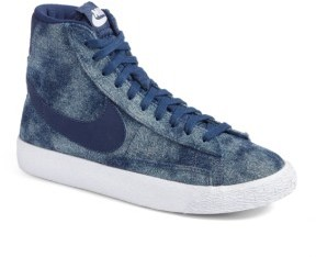 Nike Girl's Blazer Mid Se High Top Sneaker