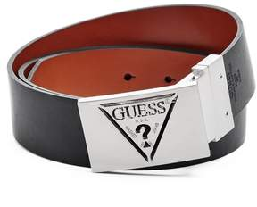 GUESS Men's Reversible Triangle Plaque Belt