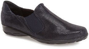 VANELi Women's 'Anemone' Loafer