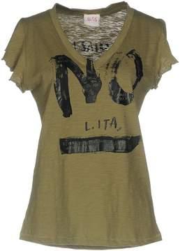 Nolita T-shirts