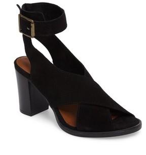 Bella Vita Women's Lil Ankle Wrap Sandal