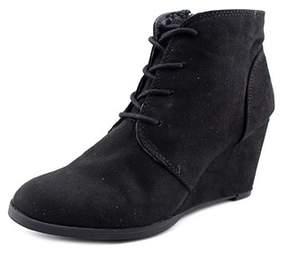 American Rag Womens Baylie Cap Toe Platform Boots.